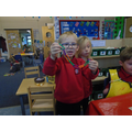 Making patterns with links in Finger Gym.