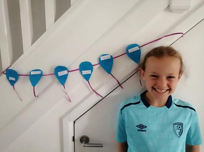 Sammy and her super special spelling balloon!