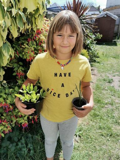 Maja the gardener!