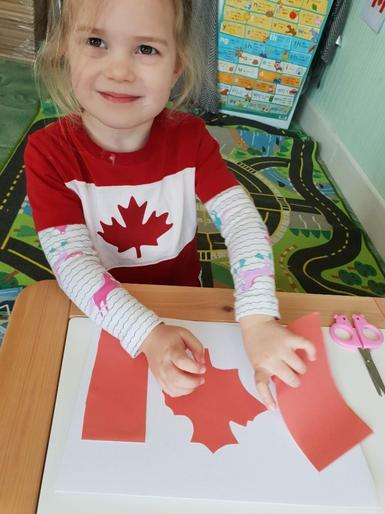 Scarlet learning about Canada