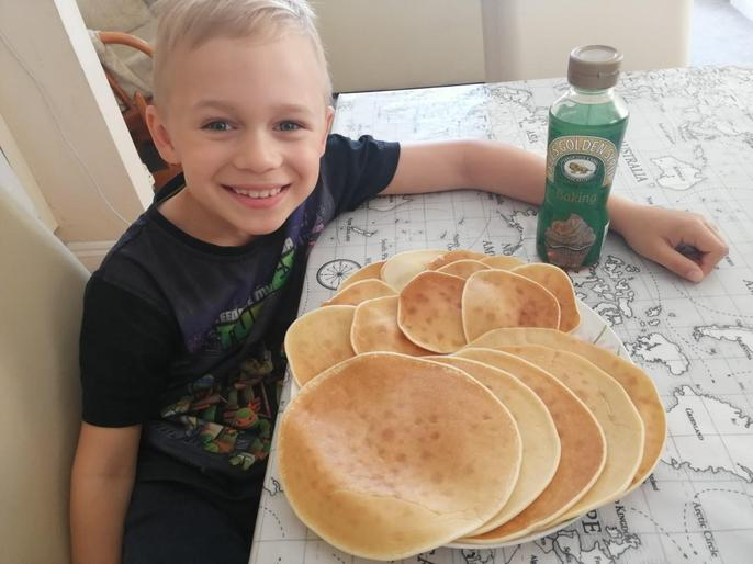 Chef Mark made some tasty pancakes!