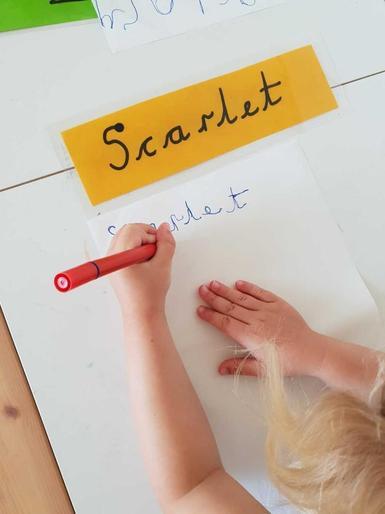 Scarlet's super name writing