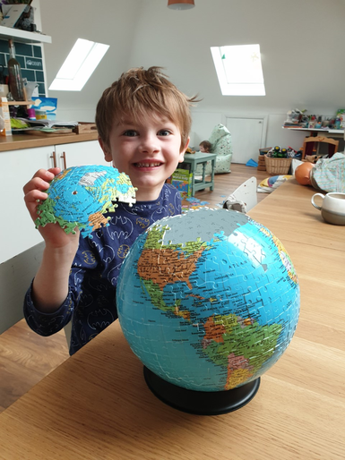 Willem's globe puzzle