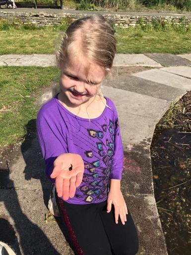 Pearl found a tadpole!