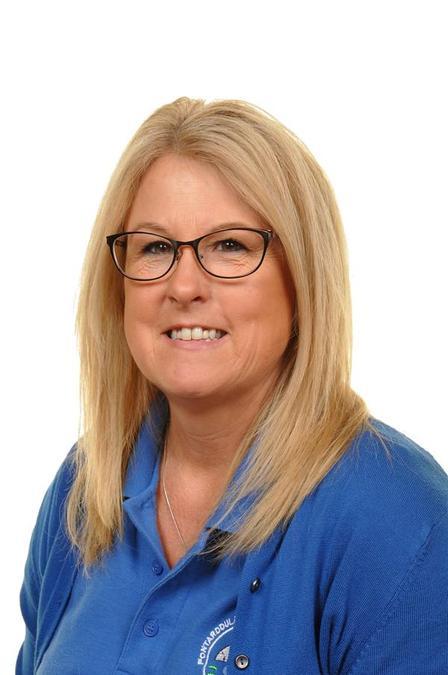 Mrs. M. Lewis (Kitchen Assistant)