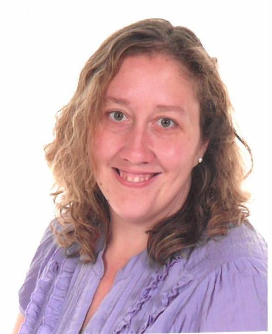 Mrs. J. Roberts (TA)