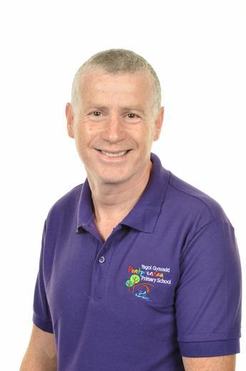 G Davies Estates Manager
