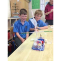 Floating and sinking - design and make a boat