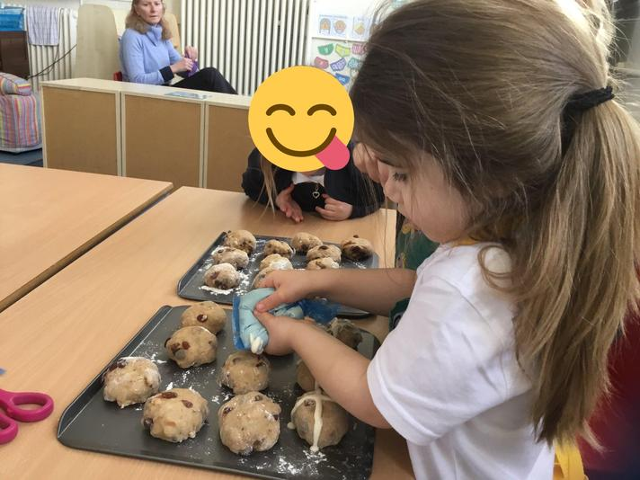 Reception making hot cross buns