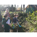 Outdoor learning and nature hunt