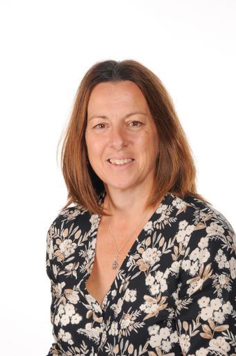 Mrs Robinson - Woodpecker Classteacher