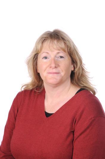 Mrs Brunsden                      Foundation Learning Support Assistant 1:1