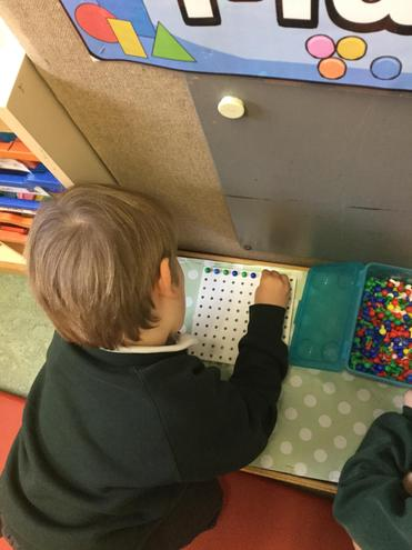I have been making a repeating pattern with pegs.