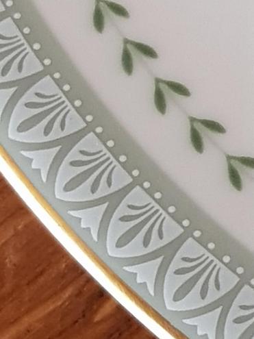 13 Eva - Plate