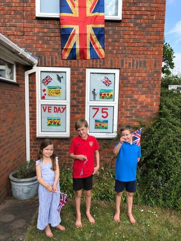 The family celebrations of the VE Day