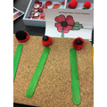 We made poppy pictures.