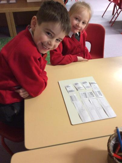 Working in pairs to number match