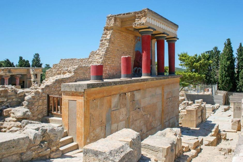 Archaeologists found evidence of a huge palace on the island of Crete