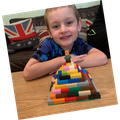 Lawson (1P) Made his model out of 100 Lego bricks.