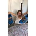 Esmee learnt how to tie shoelaces (KIngfishers).jpg