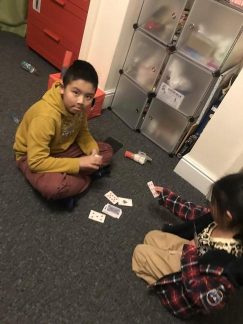 Ellson and Bonnie playing cards...