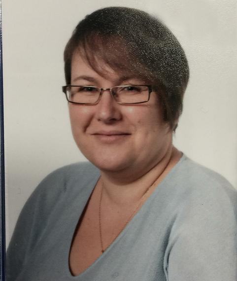 Mrs E Evans (Senior Administrator)