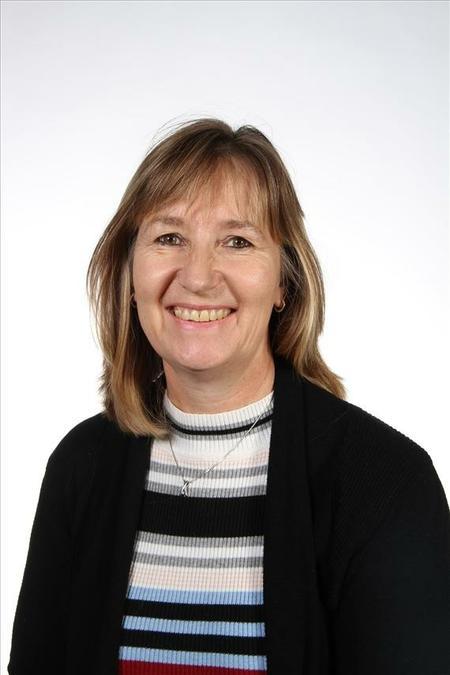 Mrs Jennings, School Business Manager