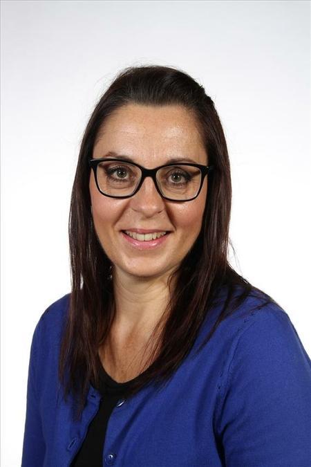 Mrs Reynolds, Manager