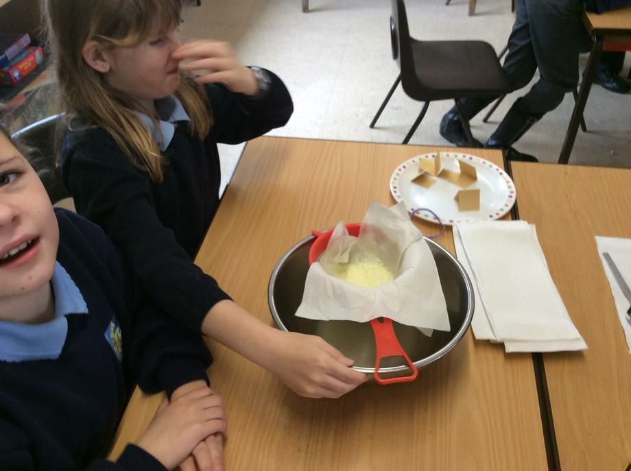 We sieved the milk and vinegar - it smelt!