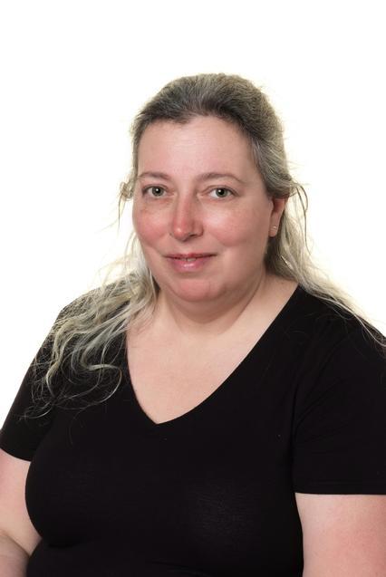 Mrs V. Willis- Betts Penguins Learning Support