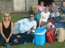 Family Fun Fete: Mums n Dads picnicking, whilst the children provide the entertainment.