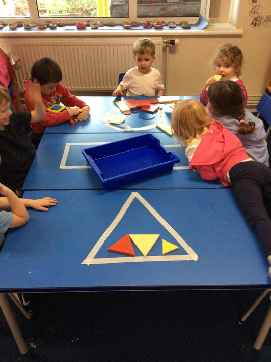We worked as a team to sort 2D shapes!