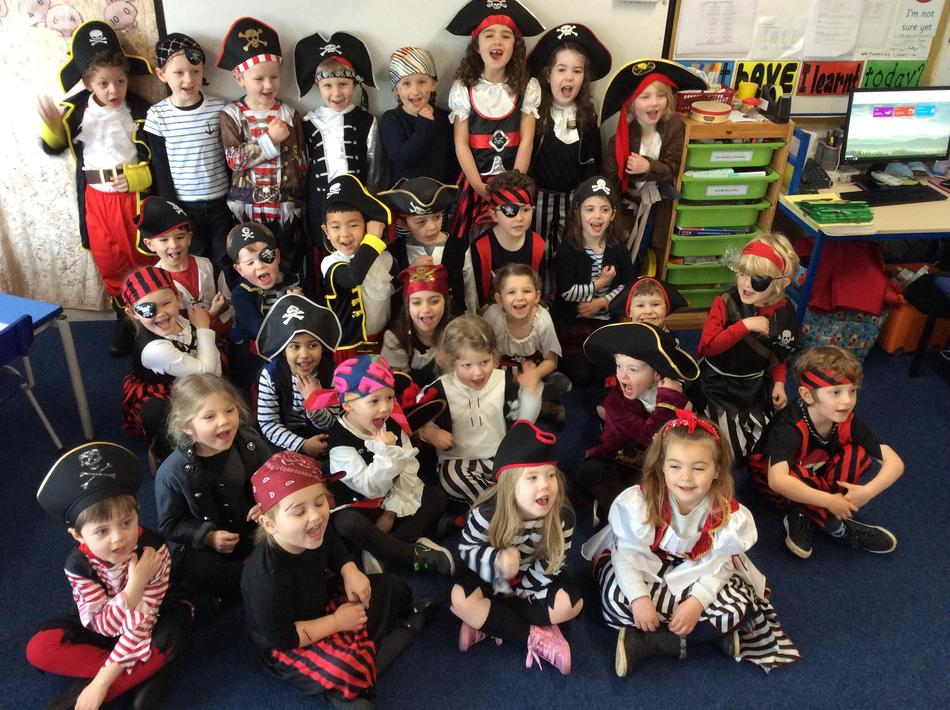 R3 LOVED our exciting Pirate Day...they looked amazing! Well done R3!