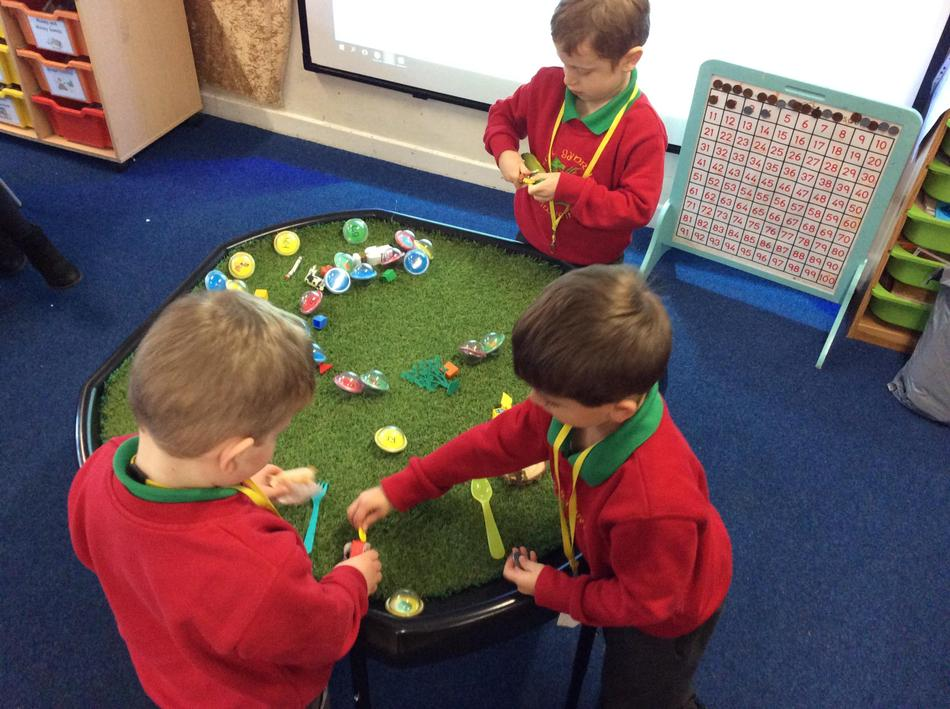 We matched the objects to the correct sounds. We are really good at this snow!