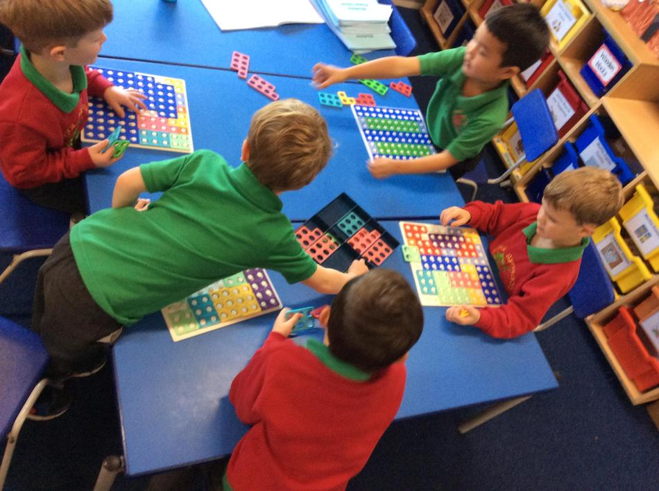 Finding patterns with the numicon boards
