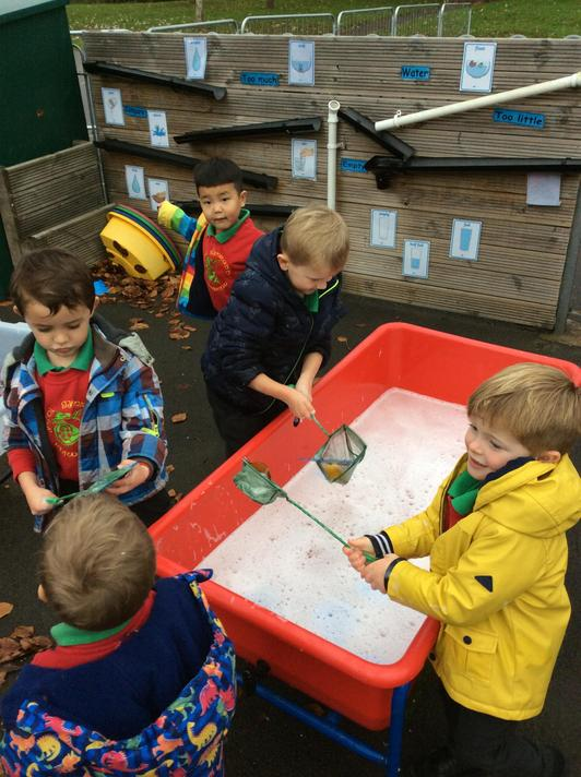 Fishing out 2D shapes to make repeating patterns on the washing line