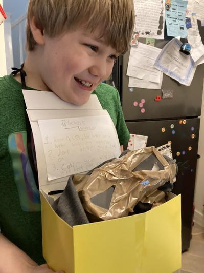 Nathan's gasmask and box