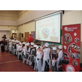 Year 1/2 Chefs listen to the Top Chef