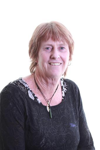 Ms G Macdonald ~ Teacher ~ 1GM