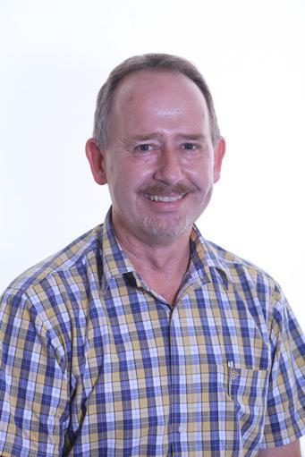 Mr S Mackinnon ~ Teacher ~ 6SMC