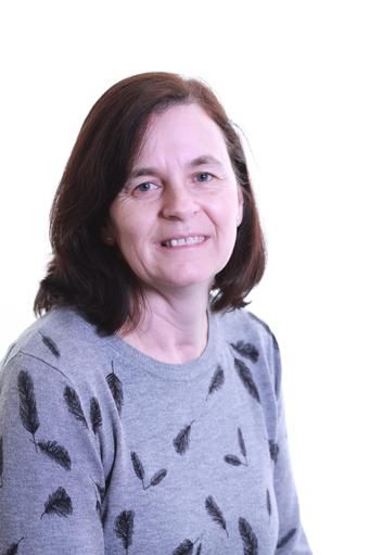 Mrs J Paterson ~ Higher Level Teaching Assistant
