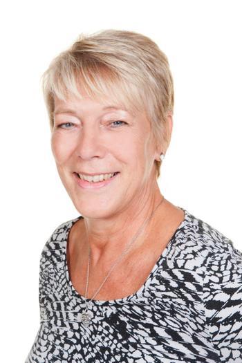 Mrs L Glasson, Bear (Y2)