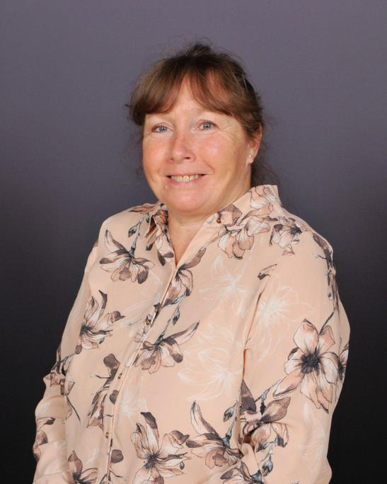 Mrs Mitchell, Midday Supervisor