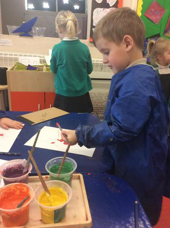 We chose a fruit to draw and paint.