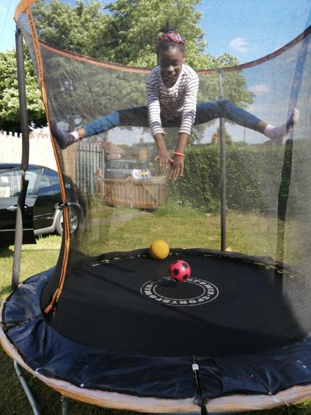 Amazing splits on the trampoline!
