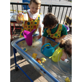 Problem solving in the water tray