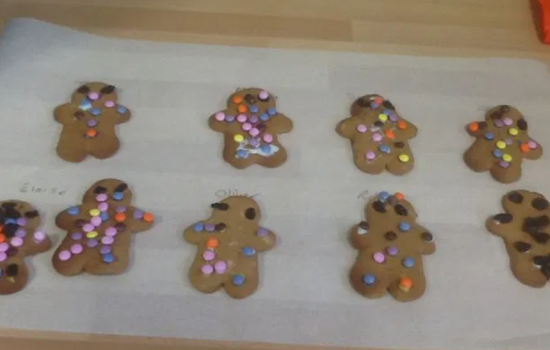 Look at the yummy gingerbread men.