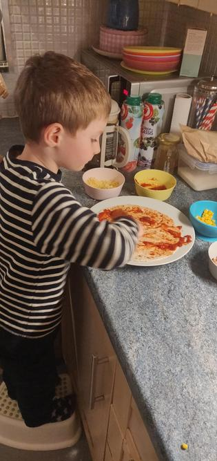 Can you guess what Albie is going to make?