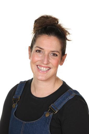 Helen Fores - Class Teacher
