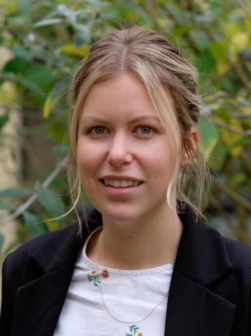 Mrs Hannah Taylor, Assistant Head (Curriculum)